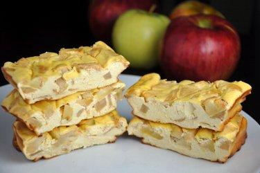 Jablkovo-proteinové cheesecake tyčinky