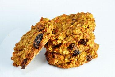 Mrkvovo jablkové fit cookies aneb chléb bez mouky, cukru a tuku