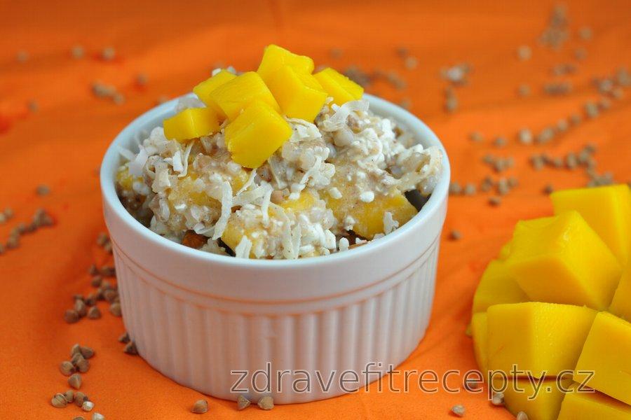 Pohankový, kuskusový nebo quinoový salát s mangem
