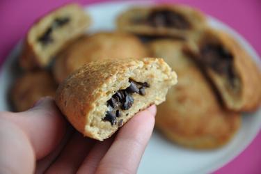 Celozrnné čokoládové taštičky s kakaovými boby - Pain au Chocolat