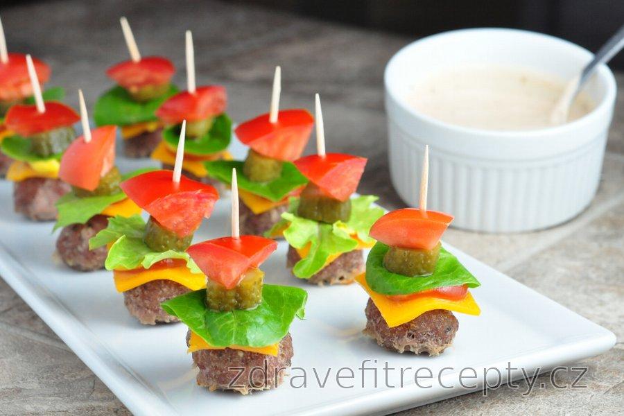 Dietní mini burgery s lahodnou omáčkou