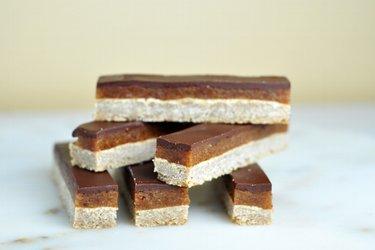 Karamelovo-čokoládové tyčinky