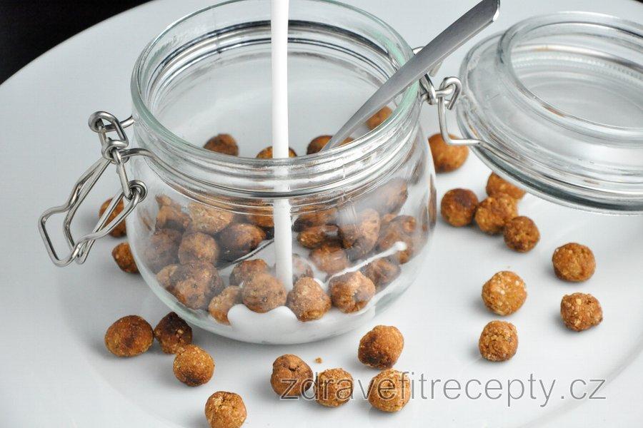 Zdravé cereální kuličky (vanilkové/kakaové)