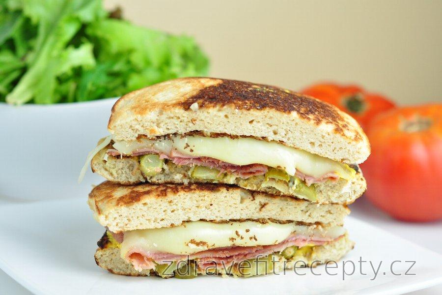 Nízkosacharidový kubánský sendvič