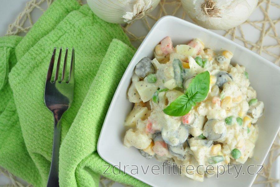 Květákový salát na způsob bramborového