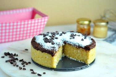 Kokosovo-krupicový koláč