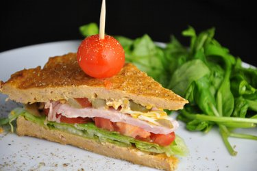 Fit sendvič z tuňáka