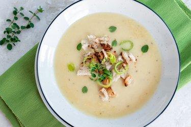 Krémová česneková polévka - fit česnečka