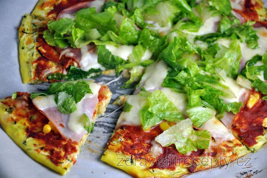 Fit cuketová pizza bez mouky